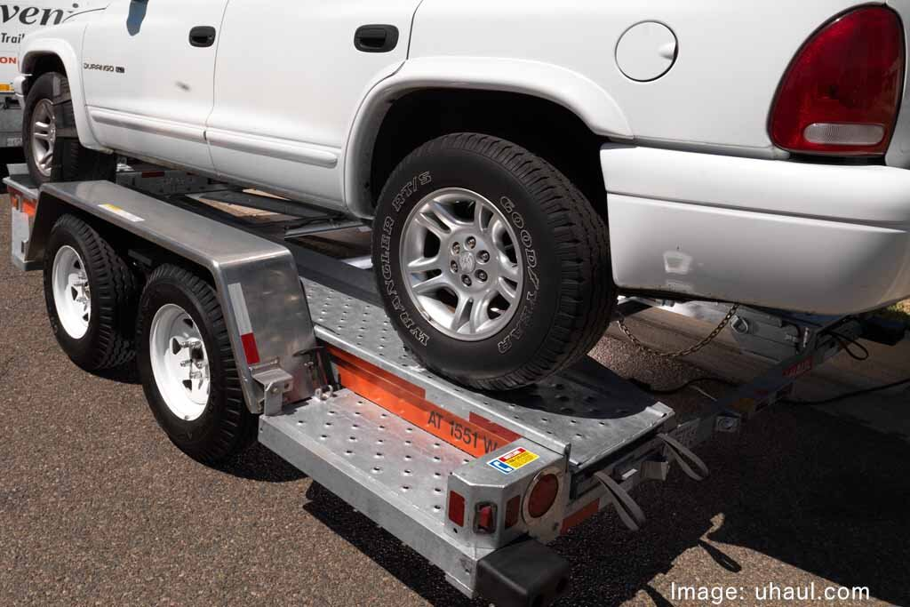 U-Haul Auto Transport - Should I Do it Myself? | National Express